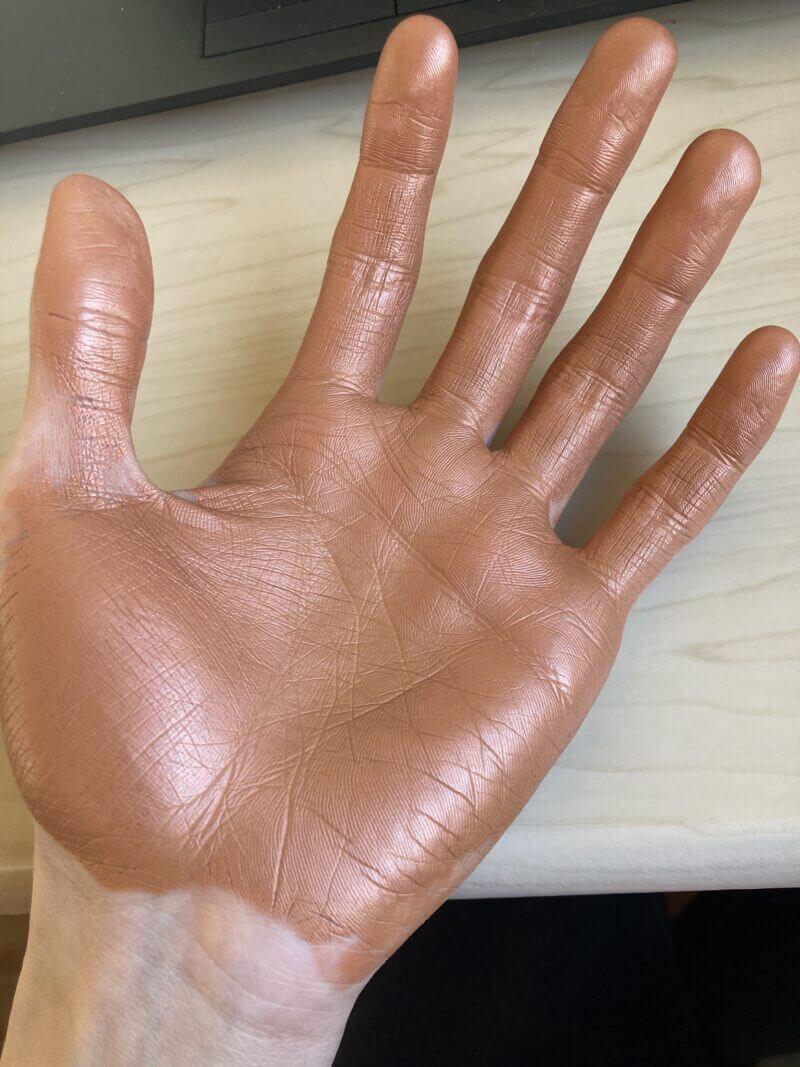 鬼滅の刃ワックス使った後の手